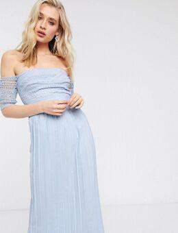 – Plissiertes Midaxi-Kleid in Blau mit Spitze